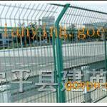 浸塑护栏网镀锌护栏网小区护栏网