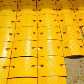 义马铸钢减速带厂家供应商橡胶减速带批发