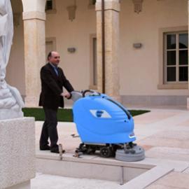 进口EMC双刷洗地机 工厂酒店用全自动洗地机