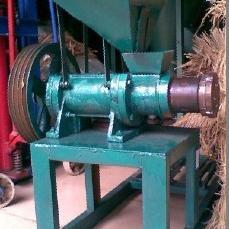 饲料膨化机 鱼饲料膨化机 小型膨化饲料机