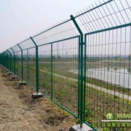 公路隔离栅护栏