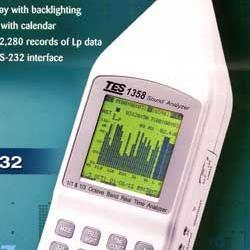 台湾泰仕 TES-1358音频分析仪
