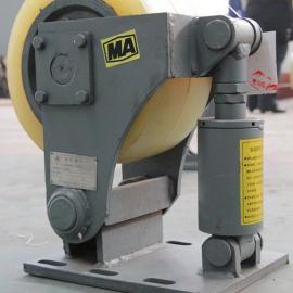 专业供应双轮滚轮罐耳 双轮滚轮罐耳价格 双轮滚轮罐耳专利