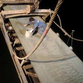 聚氨酯耐磨涂料喷涂传送带橡胶皮带专用耐磨涂料