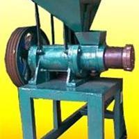 厂家直销饲料膨化机 不同型号饲料膨化机 低消耗耐用