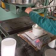 双组份聚硫密封胶,永盛建筑密封胶符合大众的应用要求