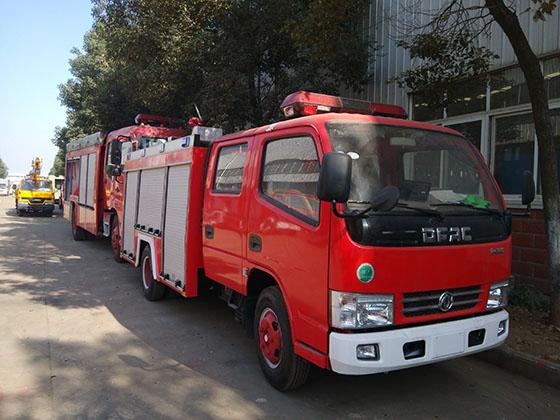 2吨东风锐铃水罐消防车