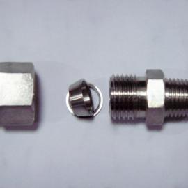 1/4NPT-8mm双卡套式终端接头