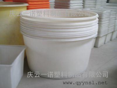 老坛酸菜腌制桶1500L塑料桶腌菜方法