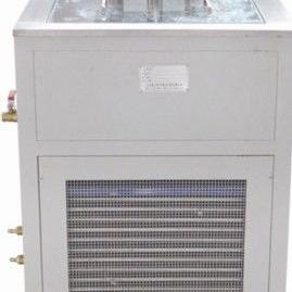 HW-30型高低温恒温水浴(带外循环)