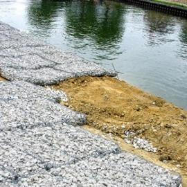河道生态防护网 堤坝钢丝防护网 四川雷诺护垫