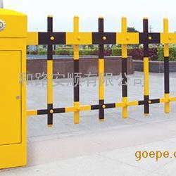 深圳电动道闸生产厂家,遥控栅栏道闸杆批发。