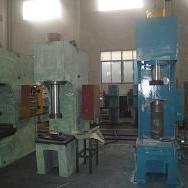 上海厂家直供液压机