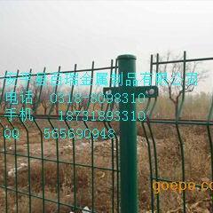 河北安平百瑞生产结构简单浸塑铁丝 方便安装双边护栏网