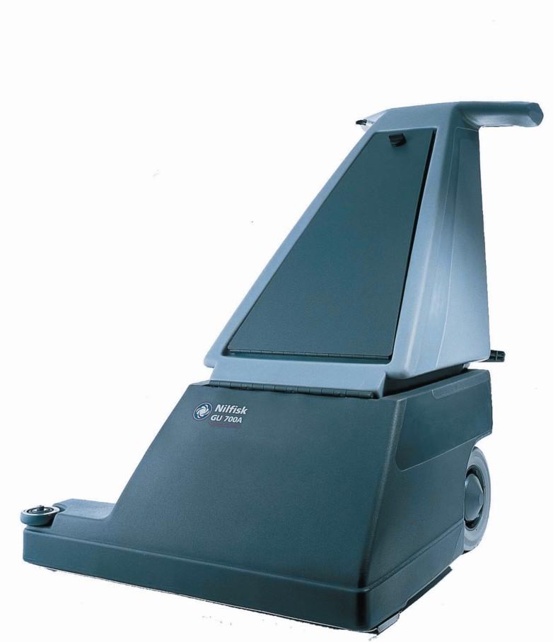 直立式吸尘机的工作原理: 如果遇到障碍GU700A也能轻松转向并吸尘障碍物四周的灰尘。工作效率可以达到700平方米每小时(卓越的工作力)。该款机器在设计就考虑到要进一步的让使用者操作简单,舒适。指尖控制系统和舒适的操控位置感。当皮带脱落时可以自动停机GU 700 A也同样人性化并且安全。附件中的过滤带可以有效的避免灰尘漂浮在空气当中。