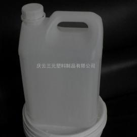 山东三元5升闭口塑料桶带内盖