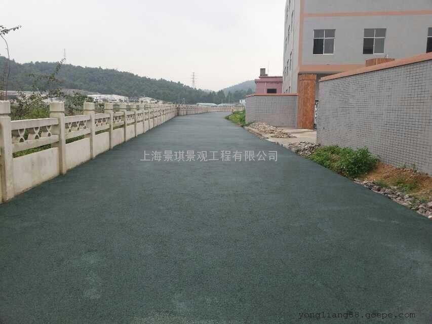 什么是透水地坪?透水地坪施工方法 高承载生态透水混凝土材料