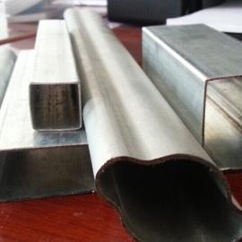 镀锌护栏管-镀锌带护栏管厂家