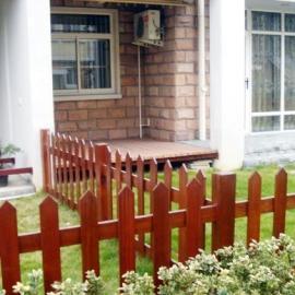 青岛木栅栏防腐木围栏护栏