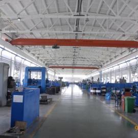 LDA型机动单梁桥式叉车_北京远华起重设备多国公司