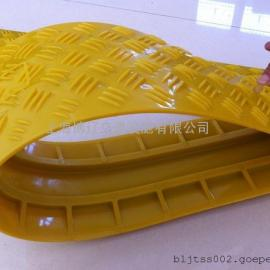 PVC三线槽减速带 线槽板 橡胶铺线板 串线板 地面过线槽