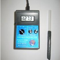 地球磁场测量仪