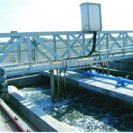 平流式桥式吸砂机