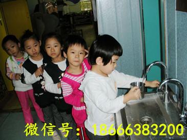 幼儿园饮水台