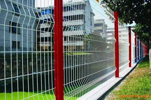 江苏小区护栏网 江苏小区围墙护栏网【龙桥护栏】专业订制。