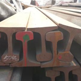 天津批发供应高品质8kg道轨钢轨标准钢轨材质钢轨理论重量表