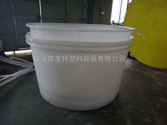 厂家直销带盖1300L塑料圆桶,M-1200L研制桶批发