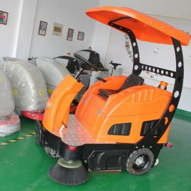 供应天骏蜂鸟1500驾驶式扫地机,厂家直销,全国联保