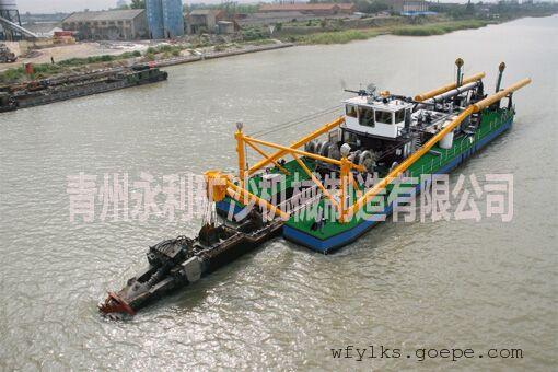 河道清淤船