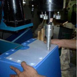 超声波中空板塑料焊接机/ 垫板式塑料焊接机