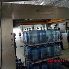 供应五加仑码垛机,套袋码桶机,水厂配套设备