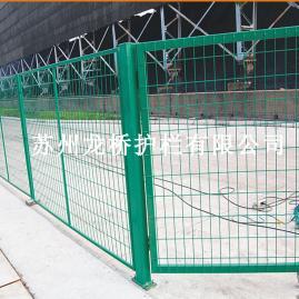 苏州铁路护栏网 高速公路护栏网 浸塑绿色铁丝网 龙桥直销