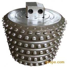 *生产反井钻机用镶齿滚刀-8�夹谐莨龅�