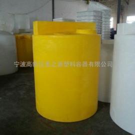 厂家供应常州 1吨加药箱圆形 可配搅拌机