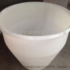 厂家供应青岛一次无缝成型塑料酒缸500L