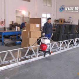 自行式振动梁在三轴机施工中的作用