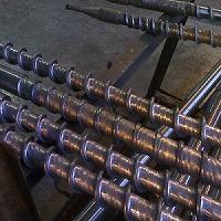 石油钻杆柱塞堆焊焊接