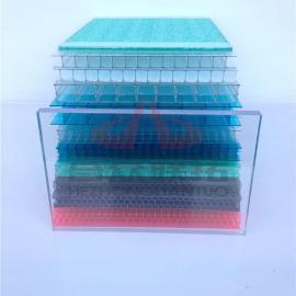 合众联拓8毫米2.1乘以6米的PC聚碳酸酯空心阳光板遮阳采光抗紫外�