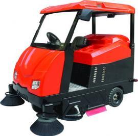 大型驾驶式清扫车 电动驾驶型扫地机价格