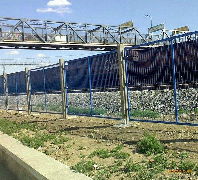 高铁防护栅栏-高铁防护栅栏厂家
