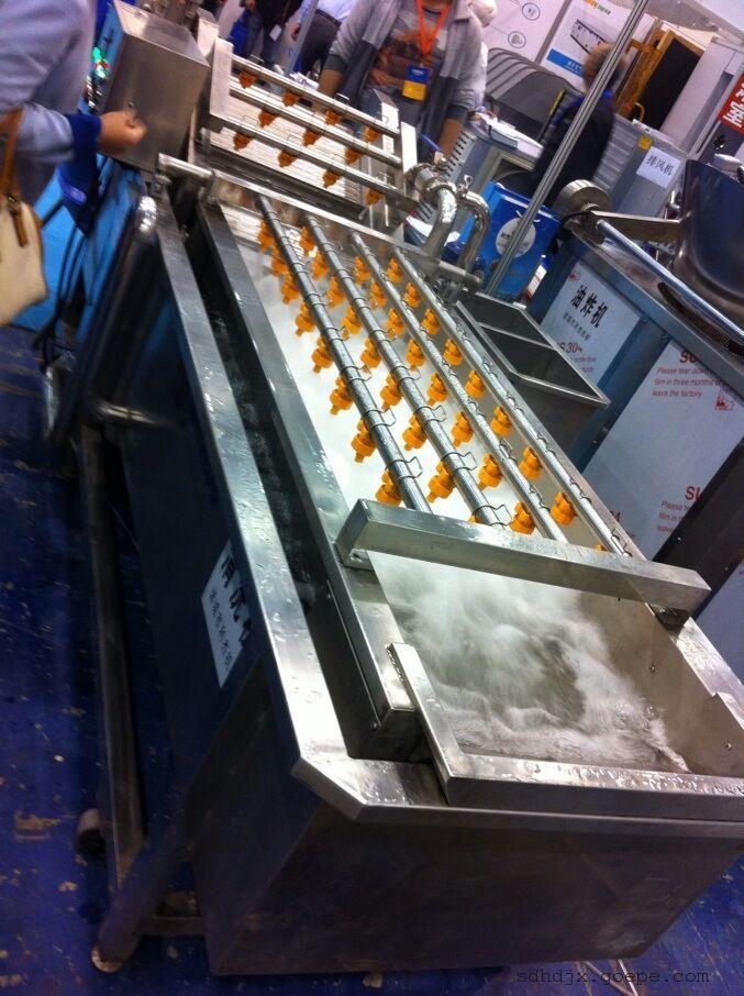 天翔厂家批发果蔬清洗机 中药材清洗机 质量优 欢迎速购