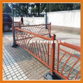 苏州交通护栏价格 苏州道路安全护栏 龙桥护栏专业订制