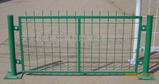 框架护栏网的价格,框架隔离栅,边框焊接网片的简介