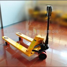 厂家运输液压车多走向人力提升叉车可载重2000-3500kg堆高车现货