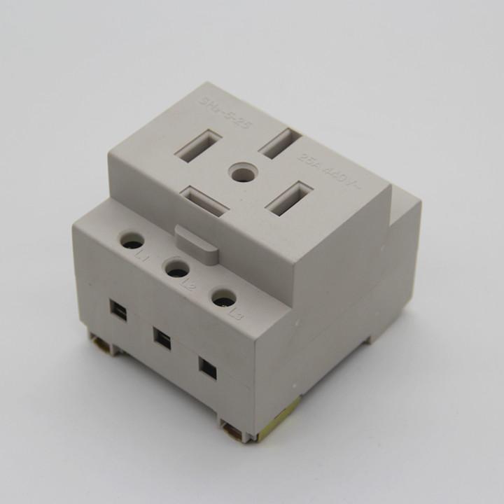 ac30配电箱三相五线导轨25a插座