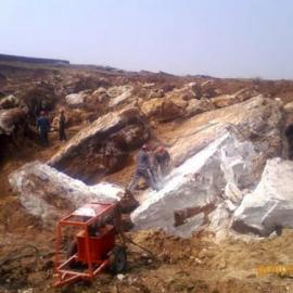 新疆和田玉开采设备替代爆破不产生裂纹机械设备